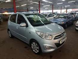 2012 Hyundai i10 1.2 GLS A/T with ONLY 68000km's, FSH, Aircon