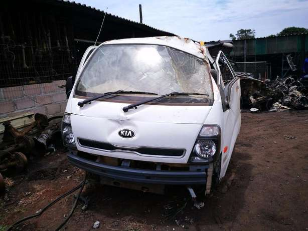 New stock on Kia K2700 used spares just arrived! Empangeni - image 3