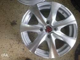 The rims is crome size 14