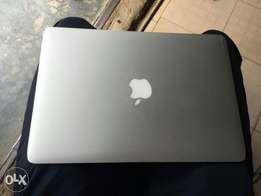 Apple Macbook Air Intel Corei5 64gb-4gb 11 inch