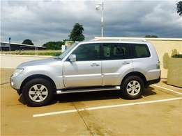 absolutely immaculate mitsubishi pajero 3.8 gls 7 seater!!