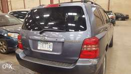Toyota Highlander 2003 first body