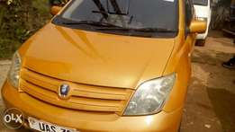 Toyota IST 2003 Model - Ushs 13M Slightly Negotiable.