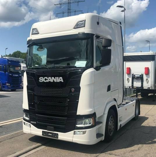 Scania S500A4X2NA LEDu002FStandklimau002FLederu002FNavi - 2017