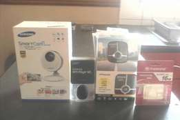 Polaroid dash cam,samsung MP3 player,samsung smartcam