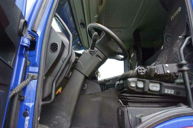 Iveco TRAKKER AT410T50 8X4 FULL STEEL HUB REDUCTION EU - 2014 - image 7