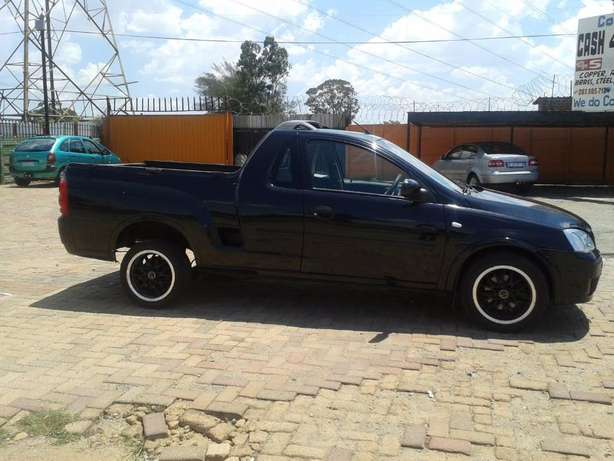 2008 Opel Corsa Bakkie 1.9TDI For Sale R59000 Is Available Benoni - image 7