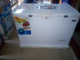 Nexus Chest Freezer 390L