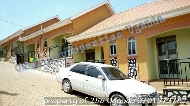 Precious self-contained double in kyaliwajjara opposite agenda 300k Kampala - image 1