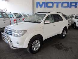 2010 Toyota Fortuner 3.0 D-4D 4x4 for sale! * IMMACULATE *