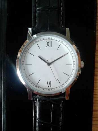Годинник Avon