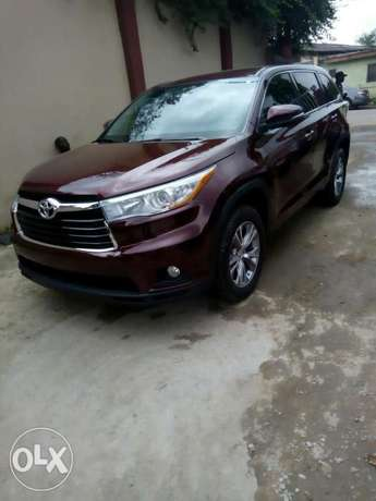 Toyota Highlander 2015 Model Tokunbo Lagos Clear Perfectly Conditions Ikeja - image 1