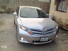 Toyota Venza 2011 with panamoric roof