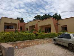 Opmistic 3 bedroom 2 baths crib to let in Mbalwa at 900k