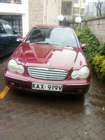 Mercedes Benz C200 Wine Red Nairobi CBD - image 2
