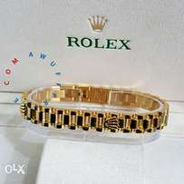 Tiny Rolex bracelet ,we deliver anywhere in nigeria
