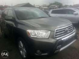 Direct tincan cleared tokunbo toyota highlander 2010 keyless fuloption