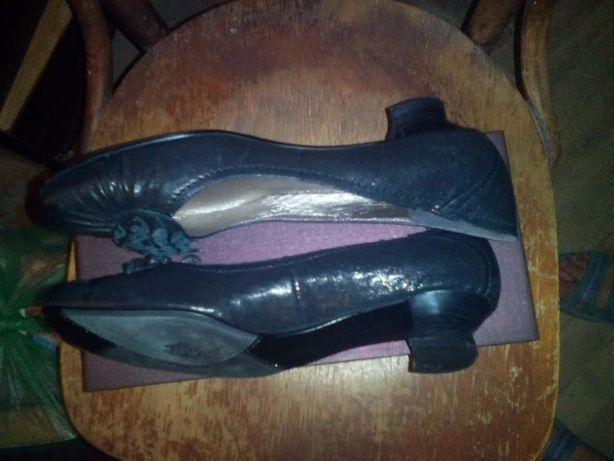 Туфли Lanzoniab черные 37 размера на низком каблуке Одесса - изображение 1