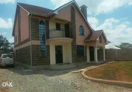 Building Expert/Fundi (Structural, Tiling,kitchen cabinets,roofing)