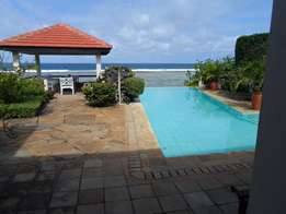4 bedroom beachside villa for family or group gathering holiday home