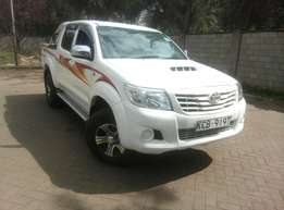 Toyota Hillux 2009 Model Manual In Immaculate Condition