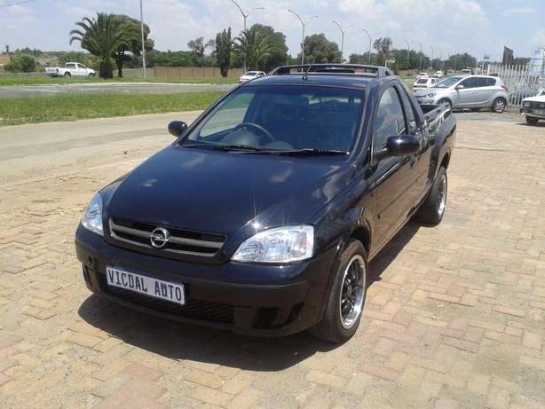 2008 Opel Corsa Bakkie 1.9TDI For Sale R59000 Is Available Benoni - image 3