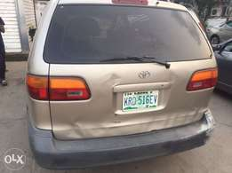 3Months Registered Used Toyota Seinna For sale 980K