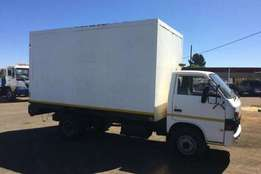 Bargain! Isuzu Insulated body LT PETROL WITH MEAT RAILS Truck