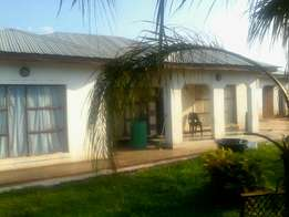 House for sale at makhuvha tshilivho next to stadium