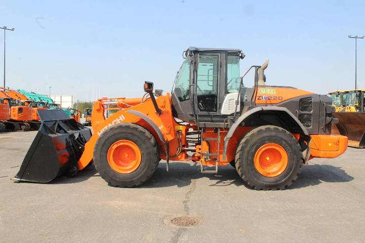 Hitachi Zw 220-5 B / Myyty, Sold - 2014