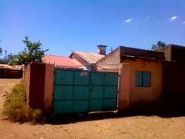 2 bedrooms house to let - Gudka