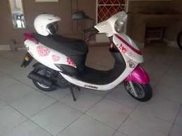 2011 gomoto ciiti 150cc scooter for sale
