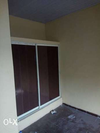 3 flat of 2 bedroom each on a 50/100 at ADP quarter off airport . Benin City - image 5
