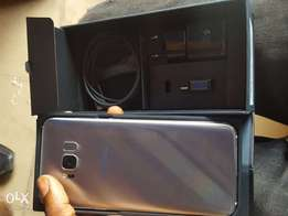 Extra mint Yankee used Samsung galaxy s8 plus for sale for a low price