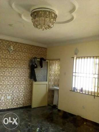 Three bedroom flat all ensuit Ogba - image 2