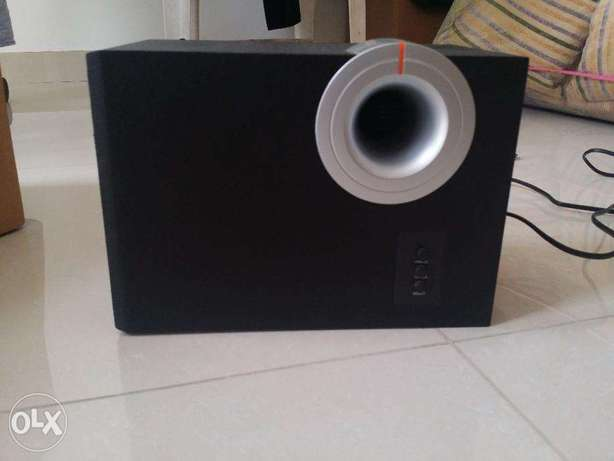 2atellite Speaker RMS 8W*2 With Subwoofer RMS: 12W - INFINITY