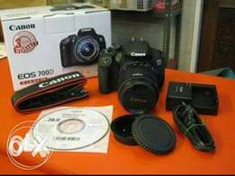 Brand New Original Canon 700D with 18-55mm lens