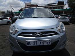 2011 hyundai i10 ,blue in colour , 4 doors, 88 000km ,for sale.