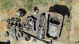 Toyota 2L2 engine spares for sale