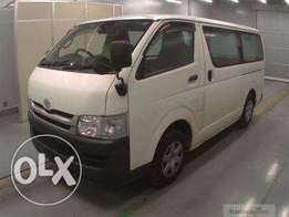 Toyota Matatu hiace box 7l 2010 auto diesel, finance terms accepted