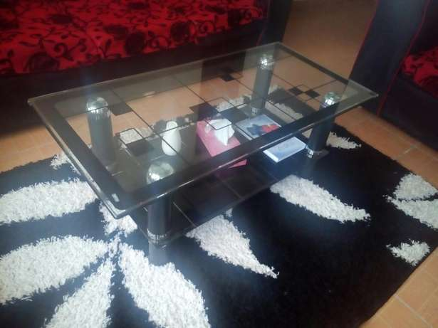 Glass coffee table Donholm - image 1