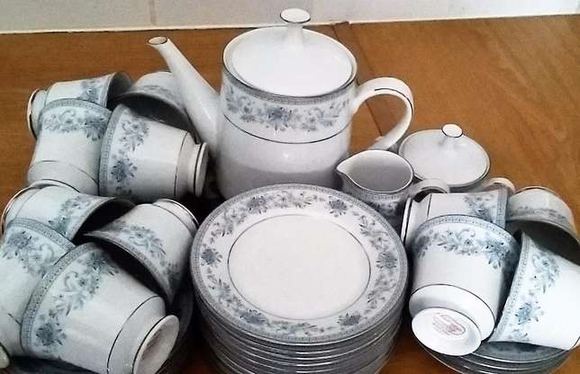You want to host tea parties with this stunning Noritake Blue Hill set Strand - image 3