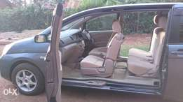 Toyota Isis, 2000cc.7 seater, good condition. First owner. Quick sale.