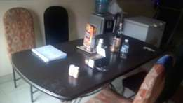 5 Seater Dinning Table
