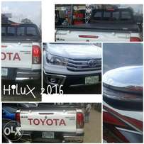 Boot cover Toyota hilux pick up 2016 model
