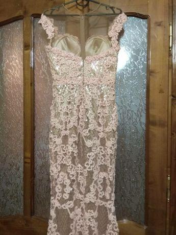 on sale 7255e 5d7da Вечірнє плаття Invito Haute Couture: 4 000 грн. - Женская ...