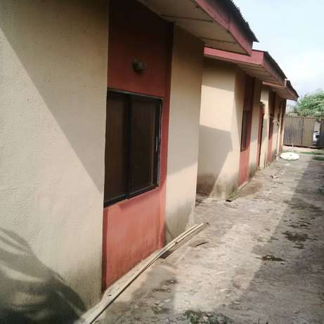 Bungalow for in akute via ojodu 10.5million C of O Ojodu - image 2