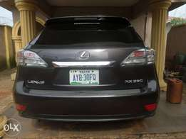 Nice buy & rejoice lexus rx 350 09. For sale in asaba