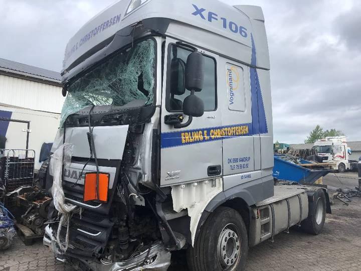 DAF Xf 106.440 Euro 6 *damage* - 2015