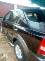 Clean Kia sorento 2006 model with powerful chilling AC buy n drive